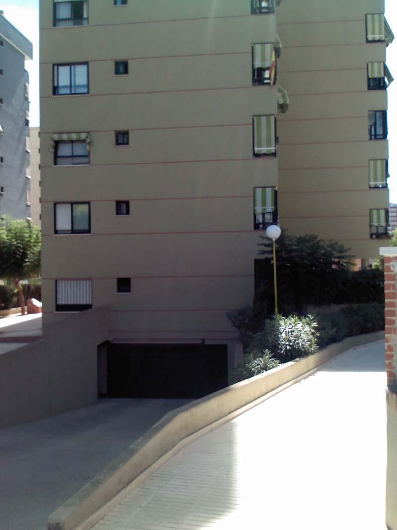 Garaje pisos en benidorm compra y alquiler for Compra de garaje